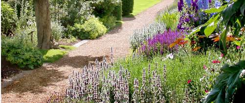 Bilden är hämtad från Groombridge Place Gardens hemsida