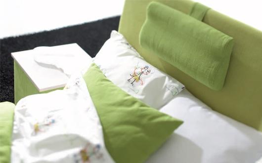 Snygg sänggavel från Åkeson