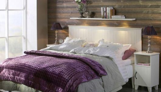 Säng från CS möbelfabrik