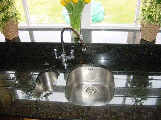 Läckert med sten i köket, från Granitexperten